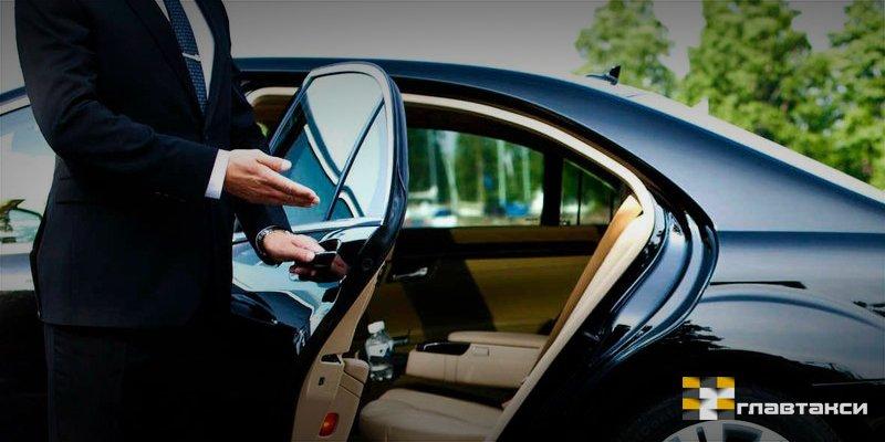 Услуга аренды водителя с авто в спб